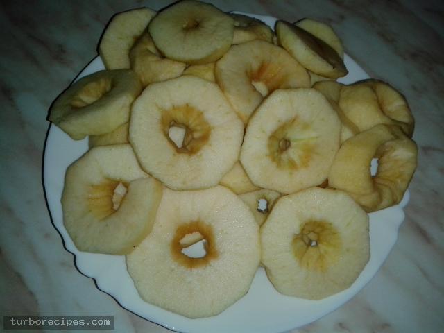 Υπέροχη μηλόπιτα - Βήμα 1