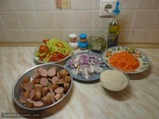 Λουκάνικα με πιπεριές και ρύζι - Βήμα 1
