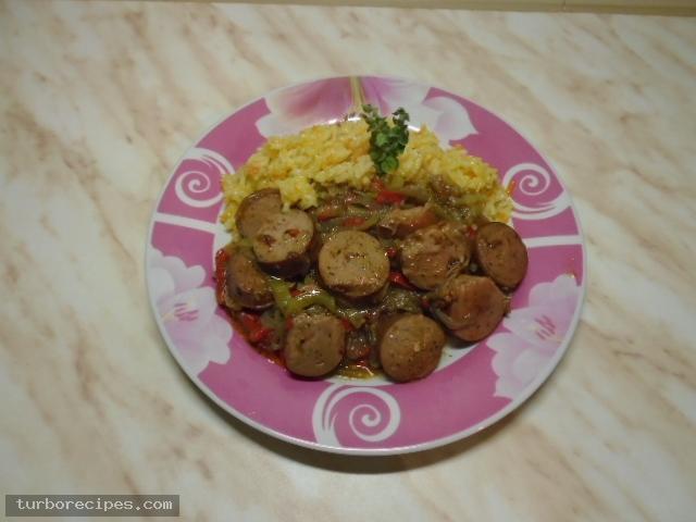 Λουκάνικα με πιπεριές και ρύζι - Βήμα 20