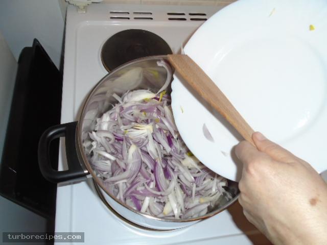 Μανιταρόπιτα με φύλλο σφολιάτας - Βήμα 5