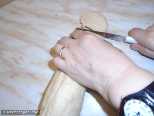 Ζύμη για τυροπιτάκια - Βήμα 15