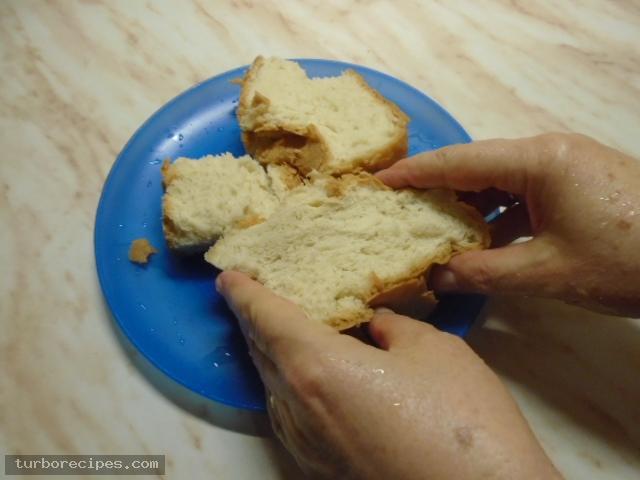 Παραδοσιακή σκορδαλιά με ψωμί - Βήμα 2