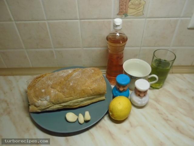 Παραδοσιακή σκορδαλιά με ψωμί - Υλικά συνταγής