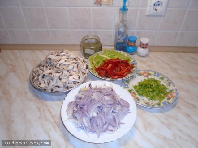Νηστίσιμα μανιταροπιτάκια - Βήμα 3