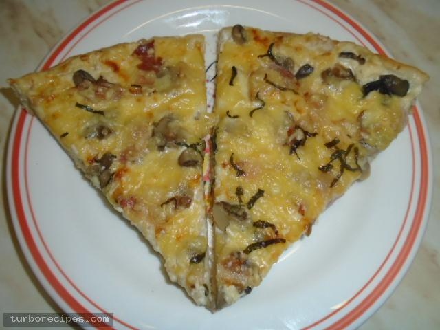 Πίτσα καρμπονάρα