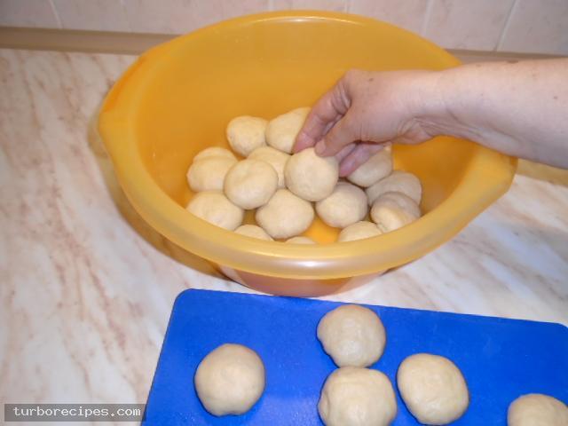 Σπιτικά τυροπιτάκια - Βήμα 1