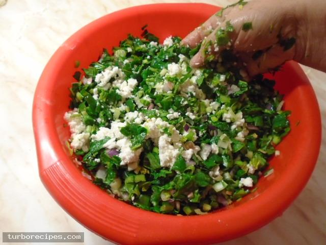 Παραδοσιακή χορτόπιτα - Βήμα 11