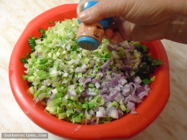 Παραδοσιακή χορτόπιτα - Βήμα 6