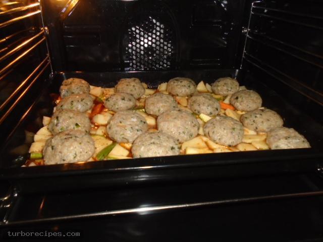Μπιφτέκια γαλοπούλας γεμιστά με τυρί - Βήμα 24