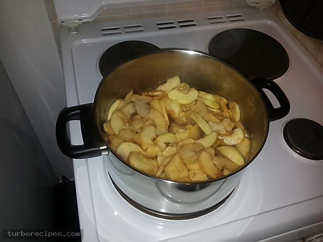 Χωριάτικη μηλόπιτα - Βήμα 9