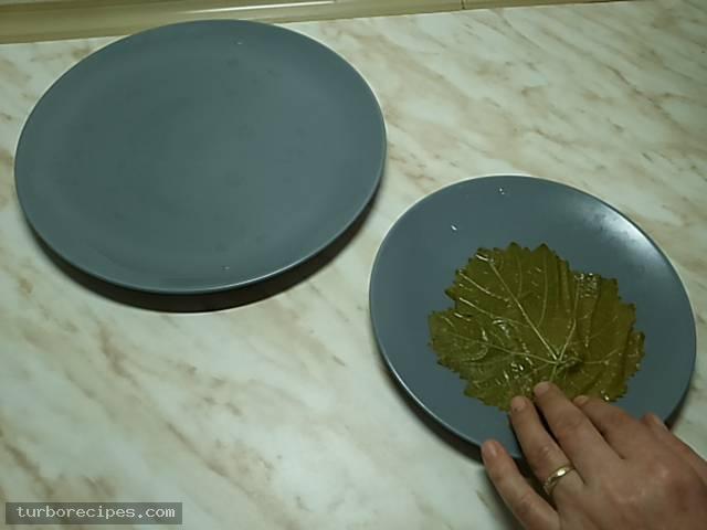 Ντολμαδάκια με κιμά και αμπελόφυλλα - Βήμα 12