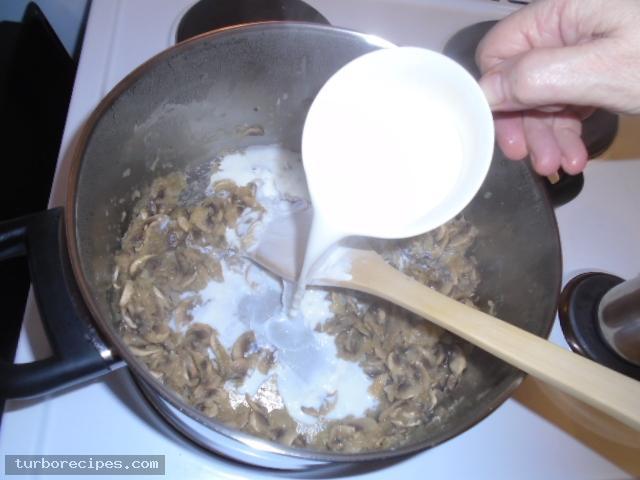 Μανιταρόσουπα - Βήμα 9