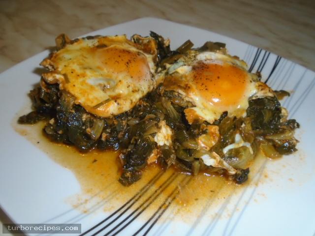 Αυγά ποσέ με χόρτα