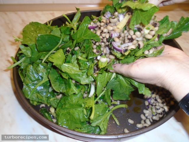 Μαυρομάτικα φασόλια με σπανάκι στο φούρνο - Βήμα 13