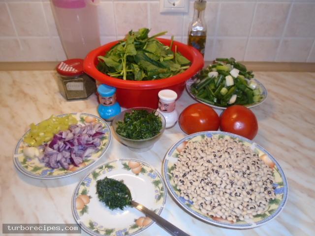 Μαυρομάτικα φασόλια με σπανάκι στο φούρνο - Υλικά συνταγής