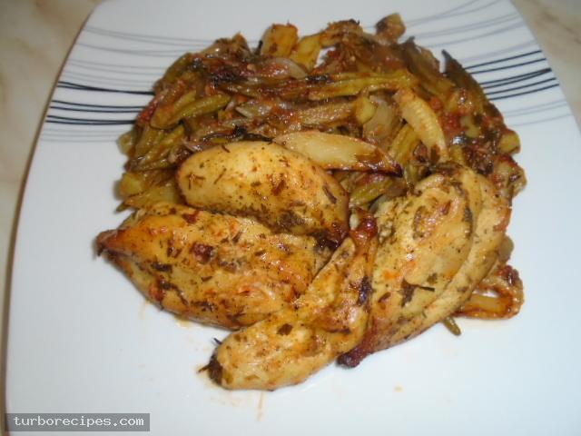 Μπάμιες με κοτόπουλο στο φούρνο