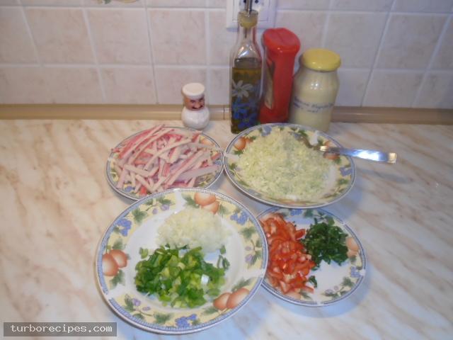 Καβουροσαλάτα με σουρίμι καβουριού - Βήμα 1