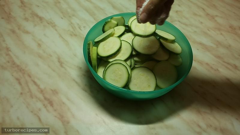 Κολοκυθάκια τηγανιτά - Βήμα 2