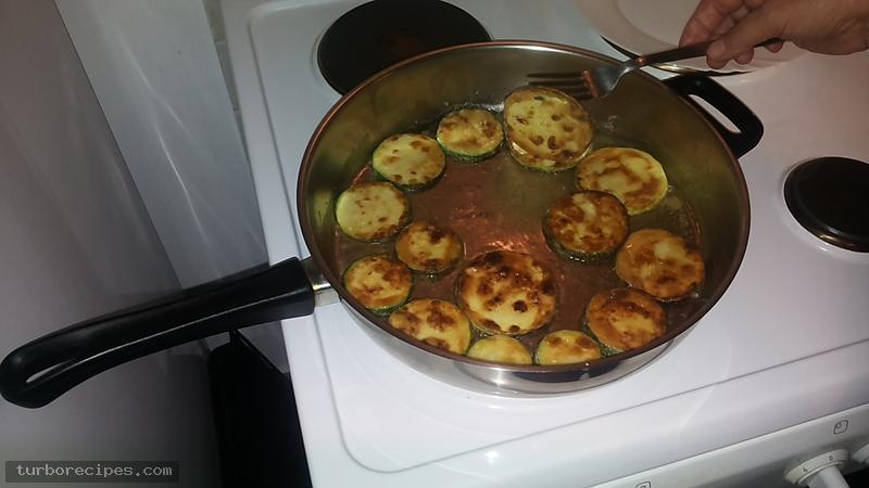 Κολοκυθάκια τηγανιτά - Βήμα 8