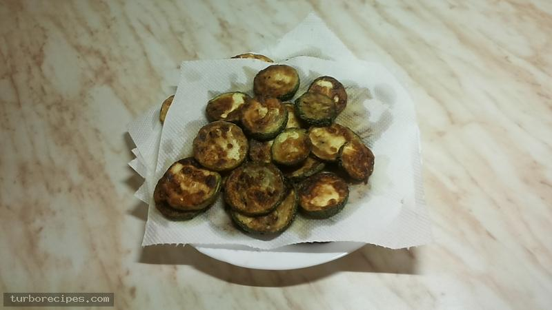 Κολοκυθάκια τηγανιτά - Βήμα 9