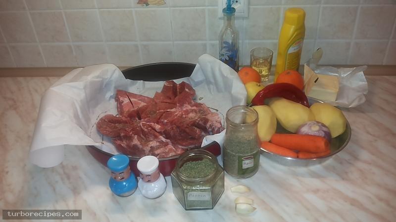 Χοιρινή σπάλα στο φούρνο - Υλικά συνταγής