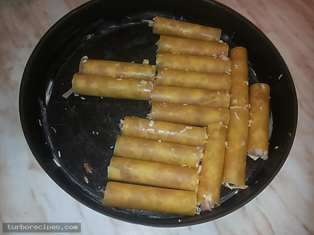 Κανελόνια με αλλαντικά και τυριά και λευκή σάλτσα - Βήμα 22