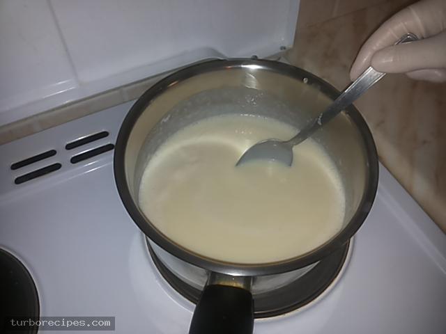 Κρέμα βανίλια με βύσσινο και μπισκοτένια βάση - Βήμα 16