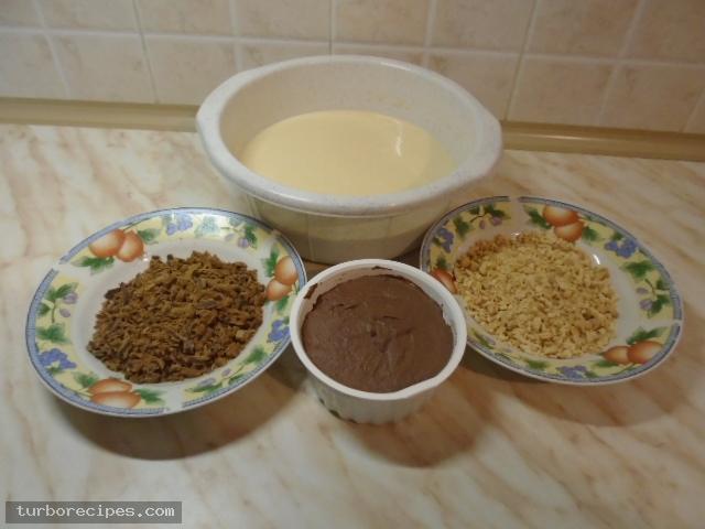 Κρέπες με πραλίνα και μπισκότα - Υλικά συνταγής